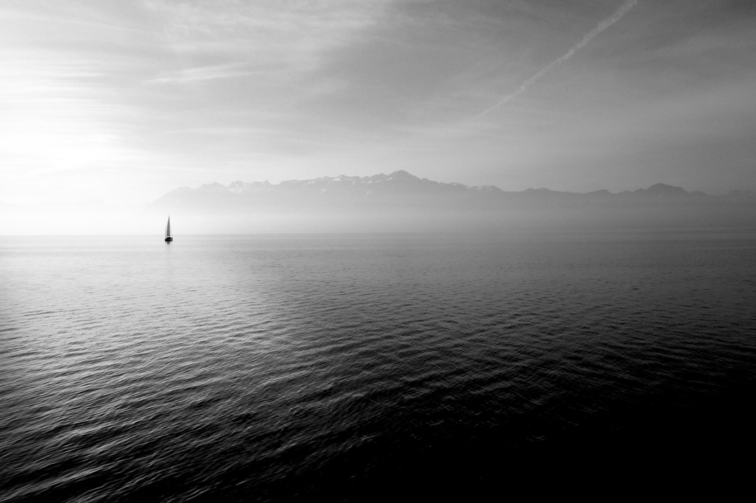 Sailboat-lake.jpg